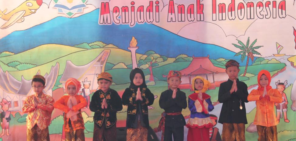 'Aku Bangga Menjadi Anak Indonesia' Puncak Tema Kelas Satu
