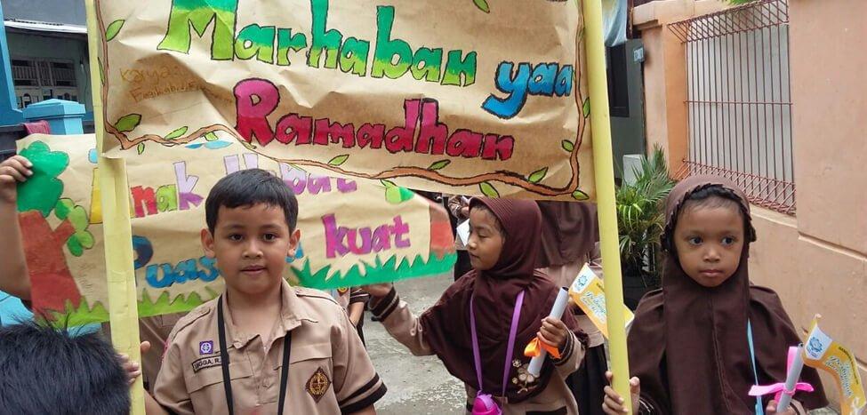 Menyambut Ramadan, SDIT Nurul Fikri Pawai Sekitar Areman