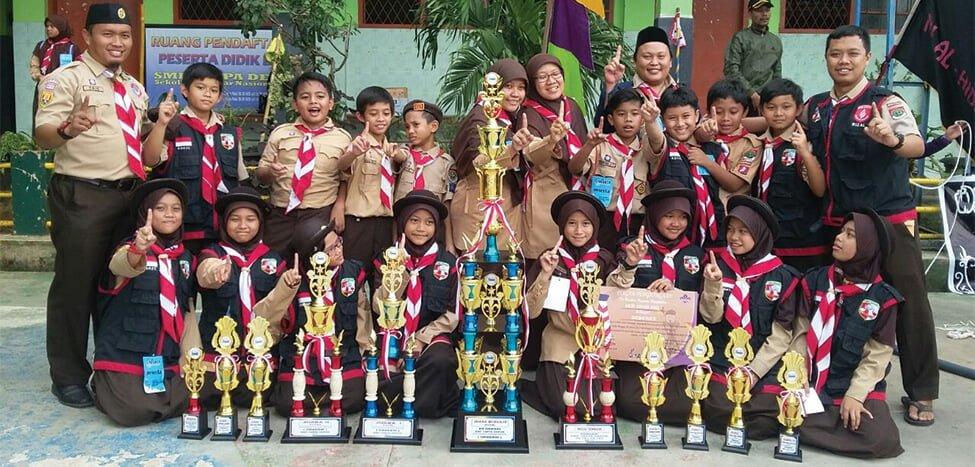 Pramuka SDIT Nurul Fikri Raih 10 Piala di Gradasi 2017